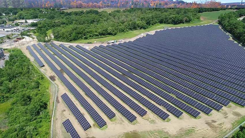 Aerial Photo of MELD's Middleton Solar Field